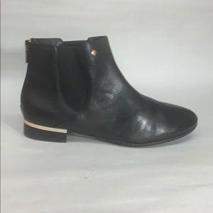 Isola-Women's •CHELSEA• Boot - Black Leather